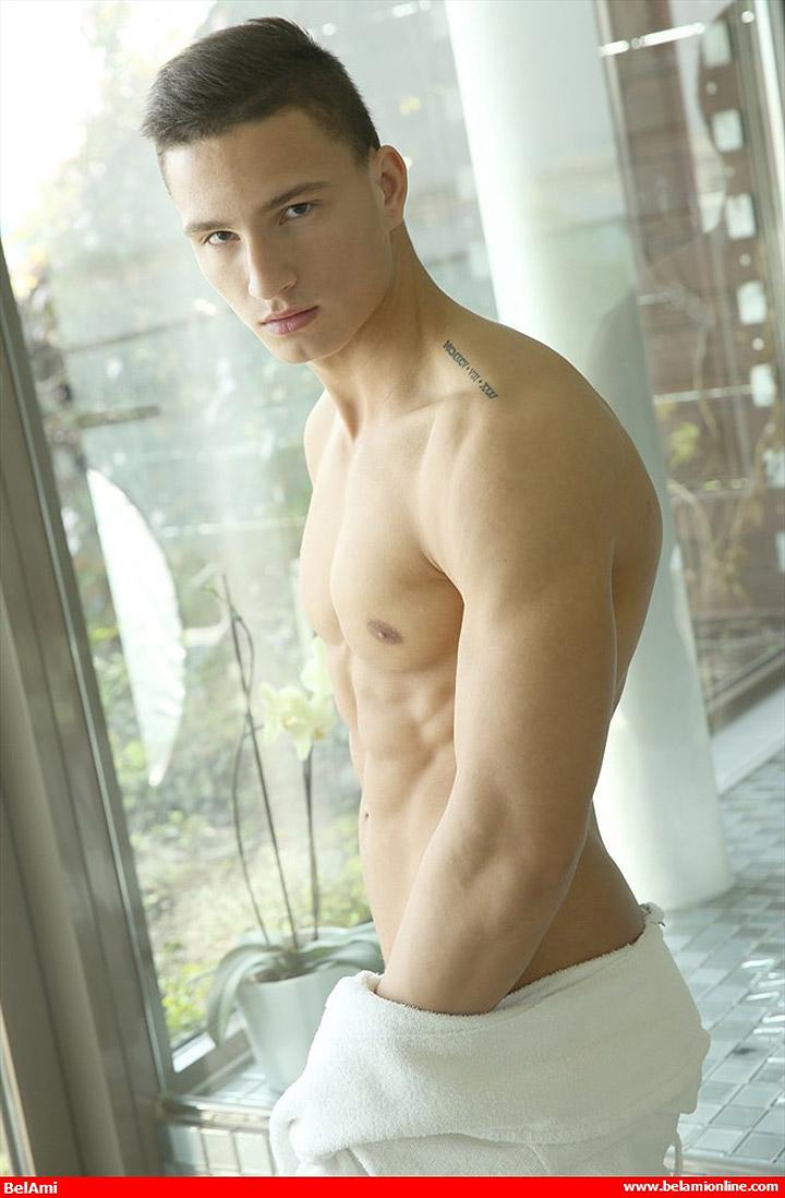 Hungarian Hunk Antoine Meloni