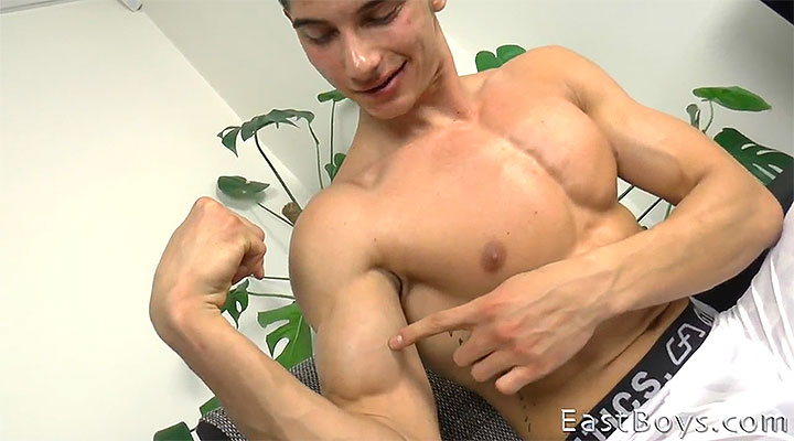 Jared Shaw – Part 2 – Muscle Worship