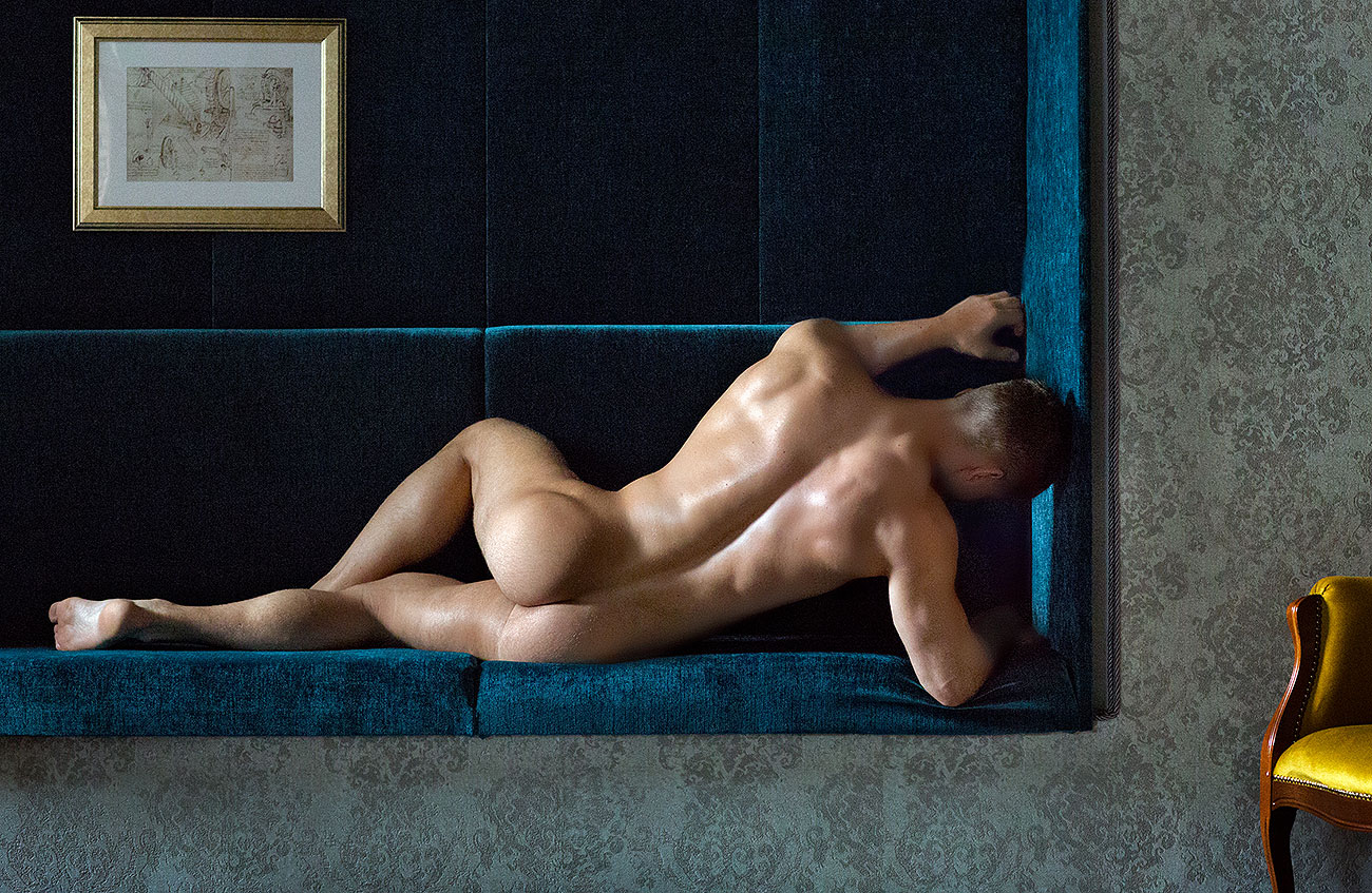 Models Of The Week: Michael Stokes Art Collection