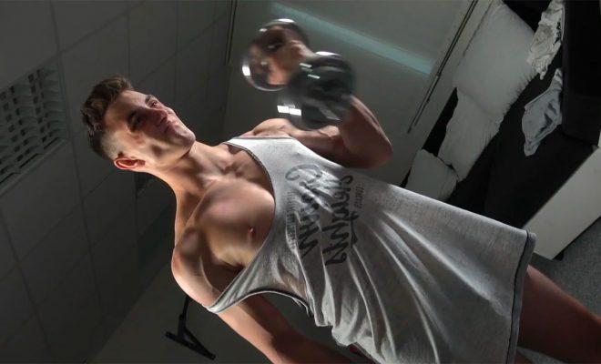 EastBoys: Gaston Bayer - Muscle Worship