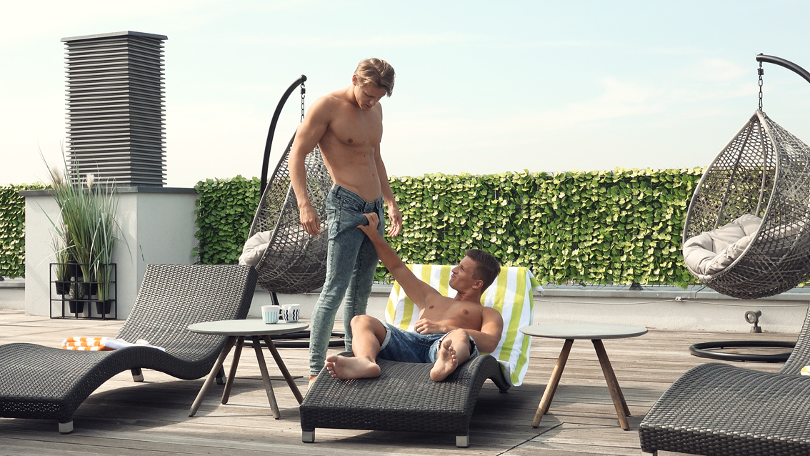 Freshmen #210: Karl Ayers Threesome